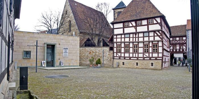 Station 18: Galerie Waidspeicher im Kulturhof Krönbacken | Erfurter Langen  Nächte
